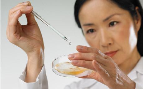 Агрессивный рак мозга затормозили с помощью золотых наночастиц