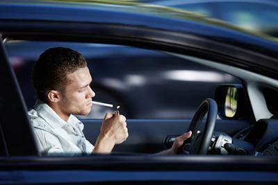 Курящие таксисты провоцируют рак у пассажирова