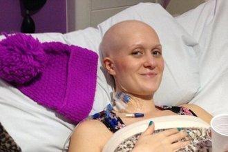 Девушка сама диагностировала у себя рак с помощью Google